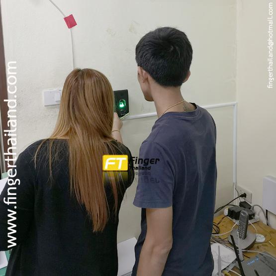 ตัวอย่างงานติดตั้ง เครื่องสแกนลายนิ้วมือรุ่น ZKTeco thai01